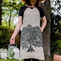 Moreton Bay Fig Tree Apron